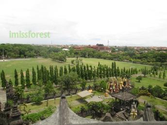 Pemandangan dari atas monumen, dokumentasi pribadi taken by Canon PowerShot A2300